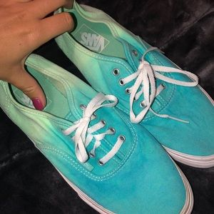 Turquoise sea foam free tie dye Men's/Women's Vans